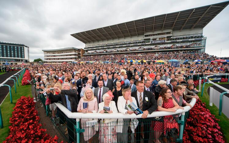 Crowd at Doncaster Racecourse.